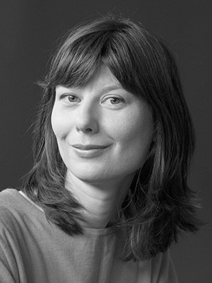 Anna Ospelt, b. 1987, is a Liechtensteiner writer. She studied sociology and media studies in Basel. She lives in Vaduz. Recently published: Wurzelstudien, 2020.